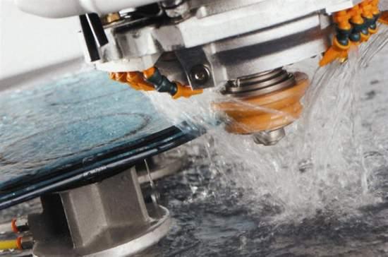 Oczyszczanie wody z ocieru szklanego w przetwórstwie szkła