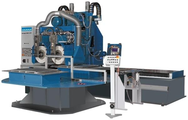 Centra obróbcze CNC do obróbki samochodowych elementów wykończeniowych i powierzchni płaskich